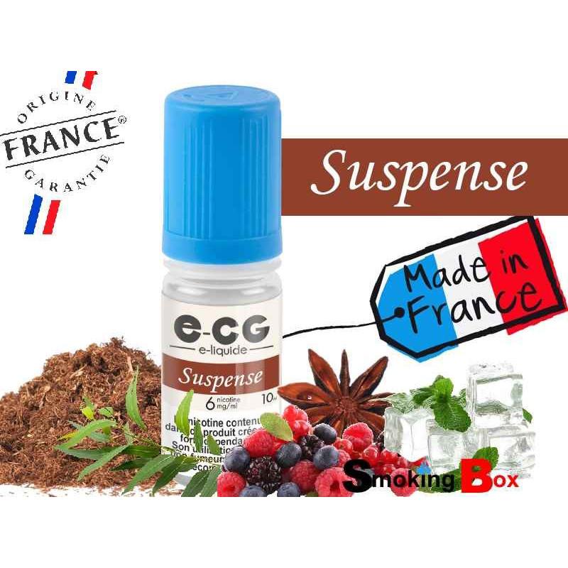 E-liquide SUSPENSE SIGNATURE E-CG, SAVEUR TABAC CLASSIC BLOND, COCKTAIL DE FRUITS ROUGES, EUCALYPTUS, MENTHOL ET ANISE.