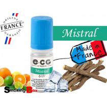 E-liquide MISTRAL SIGNATURE E-CG, SAVEUR AGRUMES,  RÉGLISSE ET FRAICHEUR MENTHOLE POUR CIGARETTE ELECTRONIQUE.